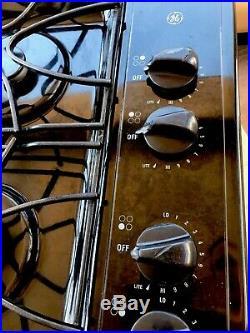 GE Gas Burner 30 inch Gloss Black Cooktop Hob Built in Stove Top JGP328BEC1BB