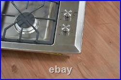 GE Monogram ZGU384NSMSS 30 Stainless 4 Burner Gas Cooktop NOB #25026 HL