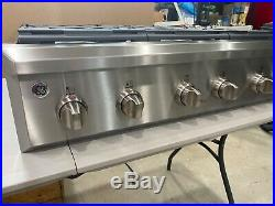 Ge Cafe 36 NEW six burner gas cook top CGU366sehss $1500. Gorgeous, built well