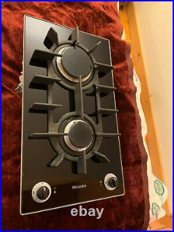 Miele KM404 Natural Gas Double Burner Ceran Cooktop Black Glass Works Great