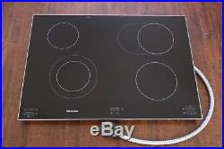 Miele KM5656 30 Electric Smoothtop Cooktop 6 Cooking Zones withInfrared Controls