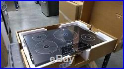 Thermador 30 Mirror Glass Induction Cooktop CIT304KM