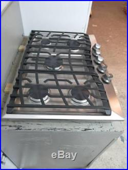 Viking 30 5 Spark Ignition Sealed Burners SS Natural Gas Cooktop RVGC3305BSS