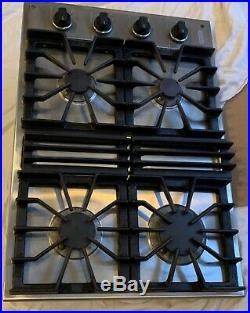 Viking Gas Cooktop 30 Stainless Steel & Black 4 Burner Model VGSU101-4BSS