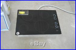 Whirlpool W5CE3024XB 30 Black Smoothtop Electric Cooktop NOB #28125 CLW